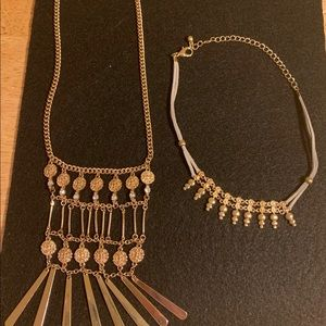 Two great necklaces gold tone in great condition